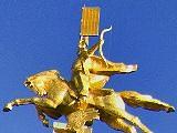 Золотой Всадник, памятник